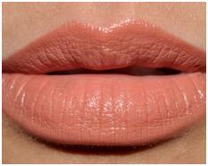 How to Wear Nude Lipstick 2