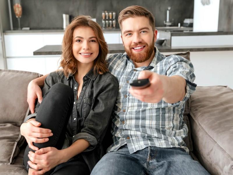 Lucky Polls Must-Watch Summer TV couple