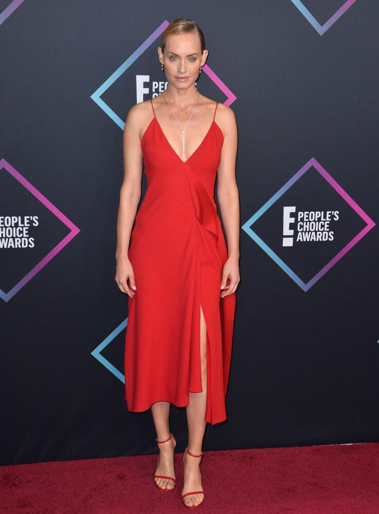 LOS ANGELES, CA. November 11, 2018: Amber Valletta at the E! People's Choice Awards 2018 at Barker Hangar, Santa Monica Airport.