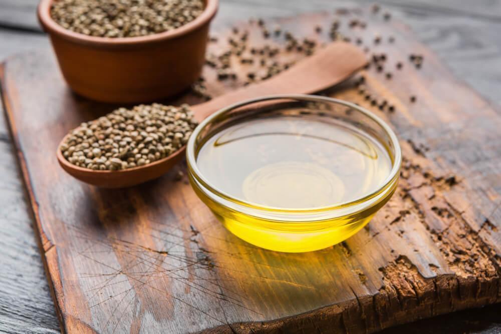 Hemp seeds and hemp seed oil